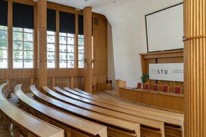 Akademický senát STU vyzval na dialóg o novele, M. Ftáčnika vzdať sa členstva v Správnej rade