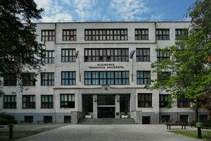 O post rektora STU sa uchádzajú dvaja kandidáti