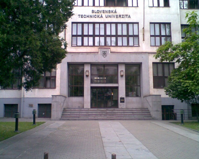 STU Vazovova 5. Main Entrance