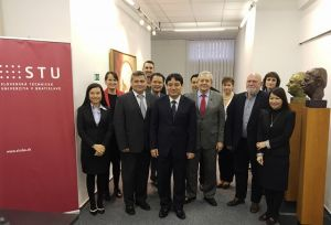 Delegation from Vietnam at the STU