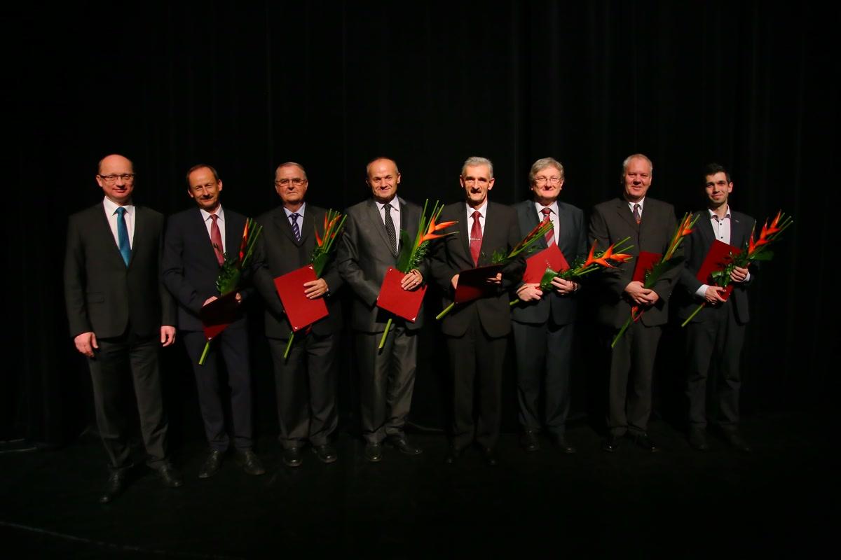 Vedci a profesori roka 2015